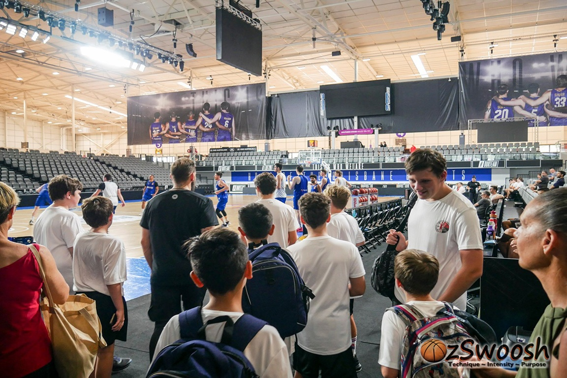 OzSwoosh athletes watch Brisbane Bullets NBL team training 2020.